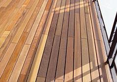 pavimento in legno per ambientazione esterna